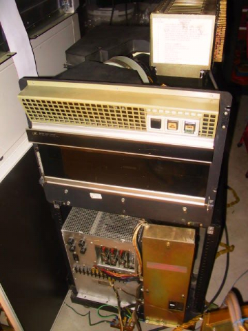 HP 2780A Disk Drive With Raised Card Cage
