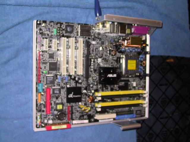 Intel Pentium 4 PC Motherboard