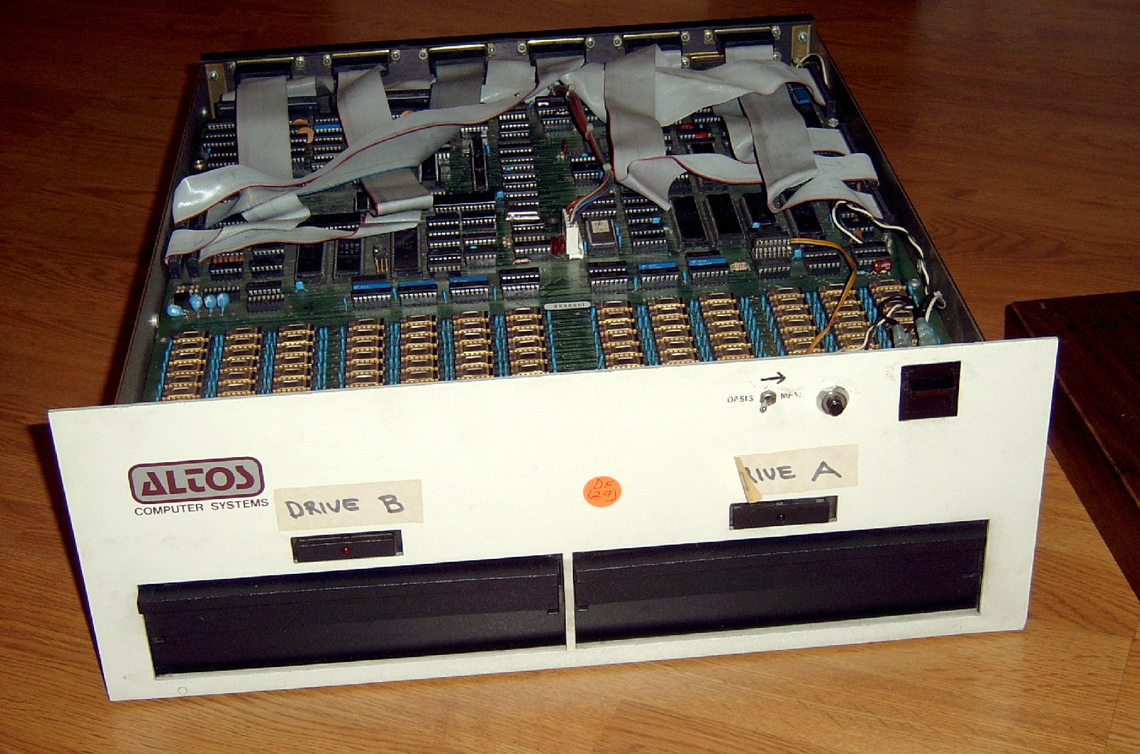 Altos 8000-7 As Shown On eBay