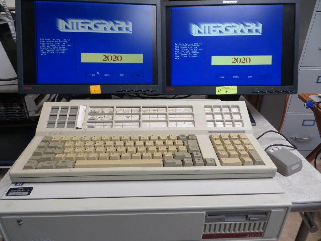 Intergraph 2020 Workstation driving 2 LCD Displays via DB5W5 to VGA cables